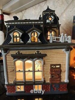 34050 Dept 56 The Original Snow Village Halloween Haunted Mansion BLACK ROOF