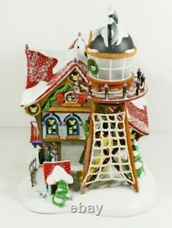 Christmas Dept 56 Disney Showcase Mickey's North Pole Holiday House MINT 5656759