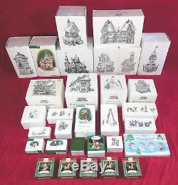 DEPT 56 NORTH POLE VILLAGE COLLECTION #2, QTY 36 ITEMS, VERY GOOD CONDITION