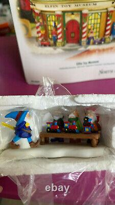 DEPT 56 NORTH POLE Village ELFIN TOY MUSEUM including 4 SMALL EXTRAS IN BOX