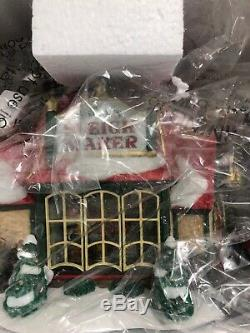 DEPT 56 NORTH POLE Village SANTA'S SLEIGH MAKER NEW IN BOX COLLECTIONS EDITION