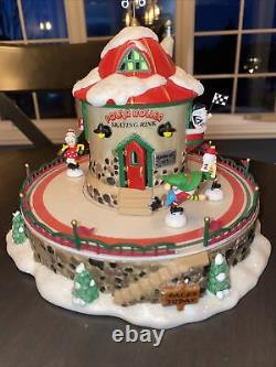 Department 56 North Pole Series VILLAGE ANIMATED POLAR ROLLER RINK RETIRED