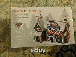 Department 56 North Pole Village Cars Holiday Detail Shop Lit House #4025277