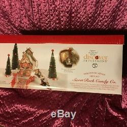 Department 56 North Pole Village Multiple Pieces and Accessories