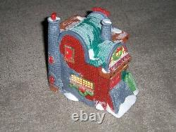 Department 56 North Pole Village Series LOADING THE SLEIGH #52732