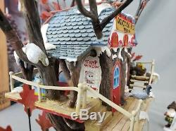 Department 56 North Pole Woods Oakwood Post Office Branch Christmas Village