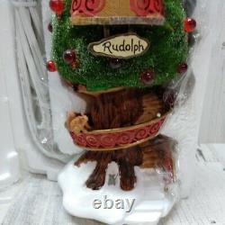 Department 56 North Pole Woods Rudolphs Condo Christmas Village 56885 10
