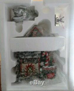 Dept 56 56952 Candy Cane Corner C Factory Shop Christmas VillageUNOPENED