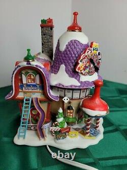 Dept 56 Christmas Village North Pole Series Board Games Factory EUC