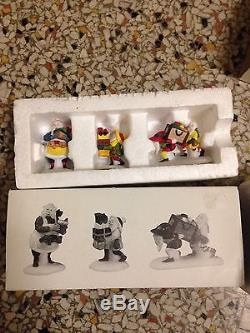 Dept 56 Heritage Village Christmas North Pole Workshop Elves Santa Lot Reindeer