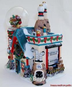 Dept 56 North Pole FLURRY'S SNOWGLOBE MAKER #56763 EUC See Desc Village