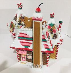 Dept 56 North Pole Village Christmas Sweet Shop DEPARTMENT 56