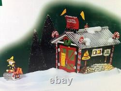Dept 56 North Pole Village NORTH POLE MAINTENANCE Animated 56.57203 Brand New