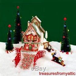 Dept 56 North Pole Village SWEET ROCK CANDY CO #56725 NRFB Retired 2000 Lighted