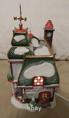 Dept 56 North Pole Village Santa's Paper Snowflake Studio