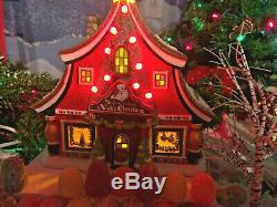 Dept. 56 North Pole Village Sounds of Christmas Nick's Christmas NIB