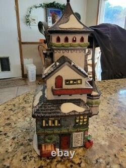 Dept 56 Retired North Pole Village Series Lot Sale 19 Items included