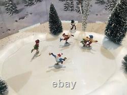 Dept 56 Village Animated Skating Pond With North Pole Elfs Skating