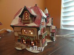 Dept56 Santa Visiting Center Workshop North Pole Elves Toy Christmas Village Lot