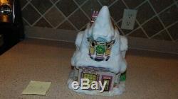 Enesco North Pole Village 614734 Tailor Shop. With Box. M2