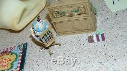 Enesco North Pole Village Doodles 830445 In Original Box. M51