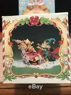 Enesco North Pole Village Elves Buddy & Happy Two Elves & Cat In Gift Box! Euc
