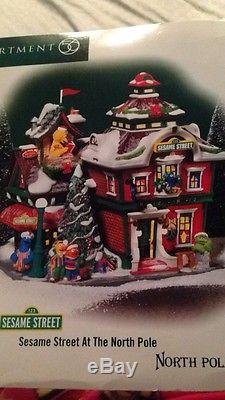 RARE Dept 56 Sesame Street At The North Pole Snow Village Building House NIB