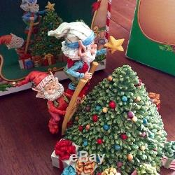 The North Pole Village TWINKLES & TOOTSIE by Enesco