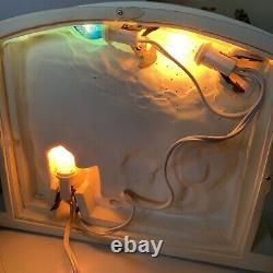 VTG Dept 56 Village Silhouette Treasures Dash Away All 78648 Lighted Scene 2000