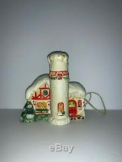 Vintage Enesco 1986 North Pole Village Christmas Santa's Control Tower Lights